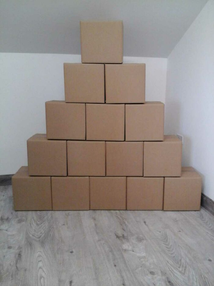 15 new medium double walled packing boxes